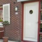 Schilderen van deuren met verf, lak of beits