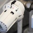 Tips om CV-installatie bij te vullen tot de juiste waterdruk