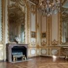 Rococo-meubelen in een modern interieur