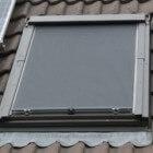 Hou de warmte buiten met buitenzonwering voor dakramen