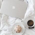 Tafeltje voor op bed speciaal voor gebruik laptop
