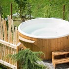 Hot tub, spa, jacuzzi, whirlpool; relaxen in eigen tuin