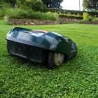 Robotgrasmaaiers voor een altijd groen en strak gazon