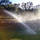 Watersproeisystemen en beregeningsinstallaties voor de tuin