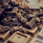Hoe kun je chocoladevlekken in kleding verwijderen?