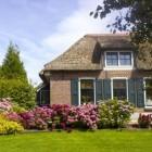 Een koel en aangenaam huis tijdens warme dagen met zon