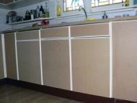 Zelf keuken schilderen : Schilderen renoveer de keukenkastjes met mdf huis en tuin
